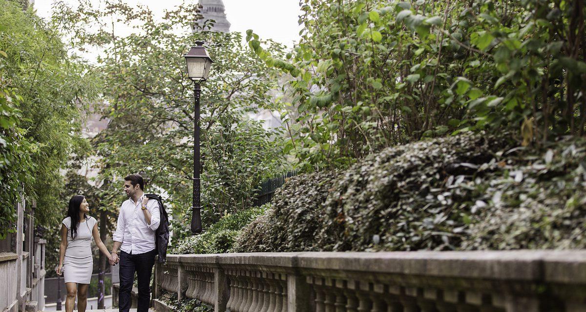 Top 5 Romantic Strolls in Paris