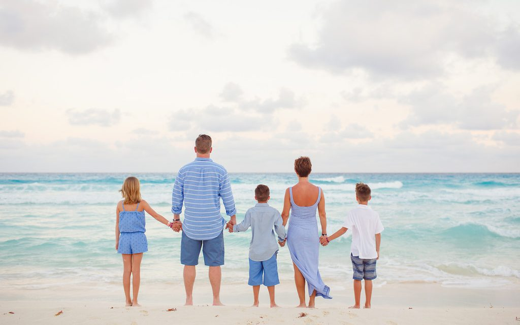 Cancun and Family Love